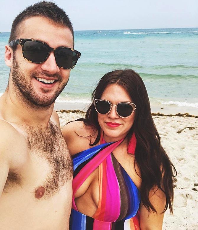 husband shares chubby wife