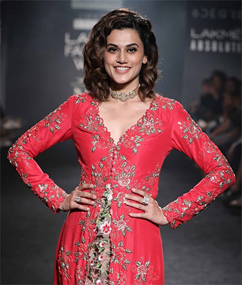 Latest News from India - Get Ahead - Careers, Health and Fitness, Personal Finance Headlines - Video: Taapsee's 'pink' moment