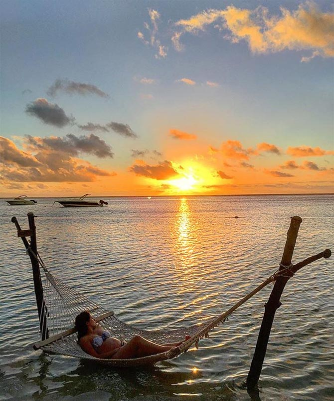 Stunning Destinations: How To Babymoon Like A Star