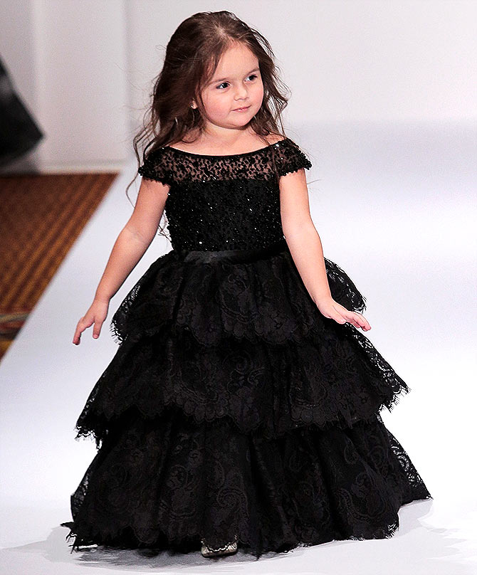 Latest News from India - Get Ahead - Careers, Health and Fitness, Personal Finance Headlines - #CutenessOverload: Check out this 3 yr old model