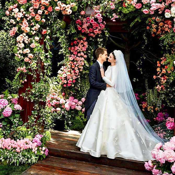 Wow! Miranda\'s wedding gown inspired by Princess Grace - Rediff.com ...