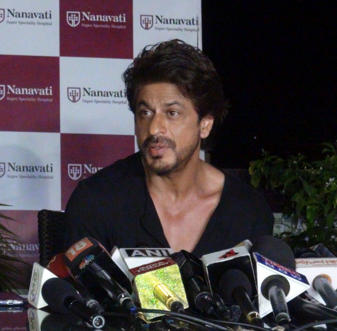 Shah Rukh Khan launches bone marrow transplant centre at Nanavati Hospital, Mumbai