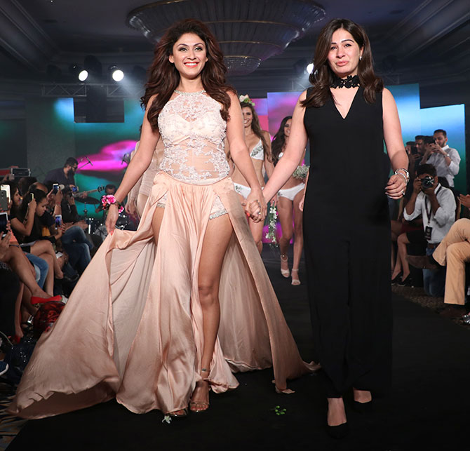 Karishma Jumani collection at India Intimate Fashion Week