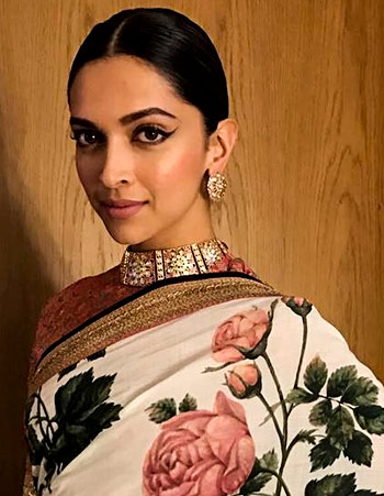 Latest News from India - Get Ahead - Careers, Health and Fitness, Personal Finance Headlines - Is this Deepika's sexiest sari of all time?