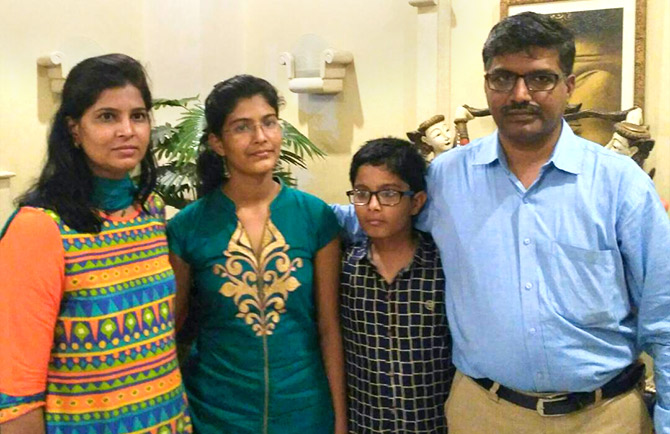 Muskan Pathan with her family
