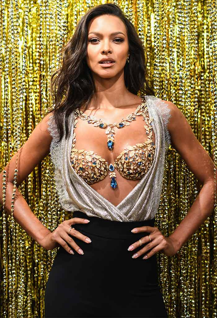 85c791f690690 Victoria s Secret just revealed the name of the model who will wear the 2017  Fantasy Bra. Lais Ribeiro