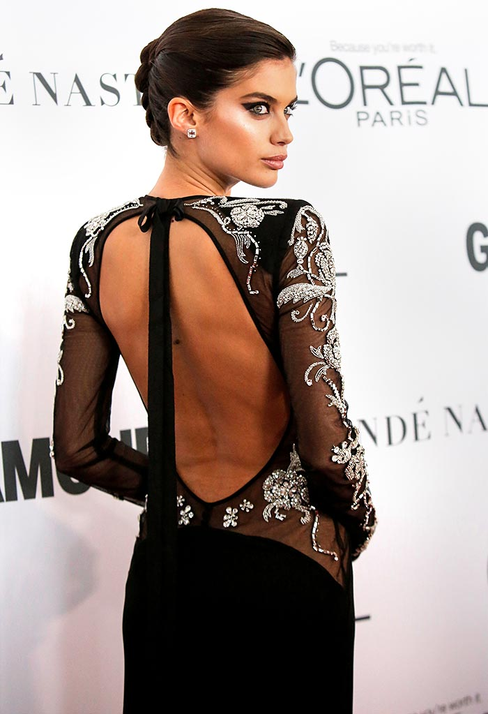 Latest News from India - Get Ahead - Careers, Health and Fitness, Personal Finance Headlines - PIX: Sara Sampaio bares her sexy back on the red carpet