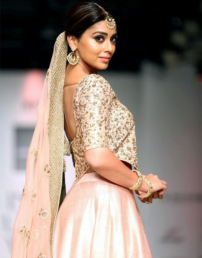Catch your breath, Shriya Saran is here! - Rediff.com Get ...
