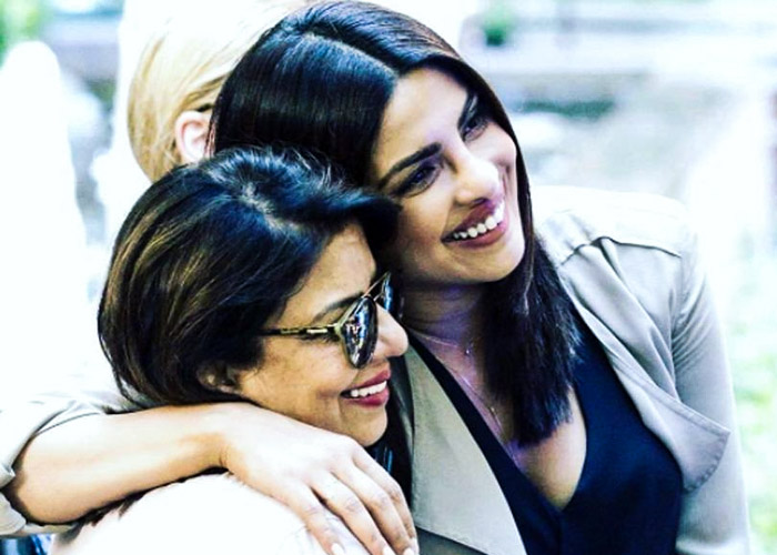 Priyanka Chopra with her mom Madhu Chopra