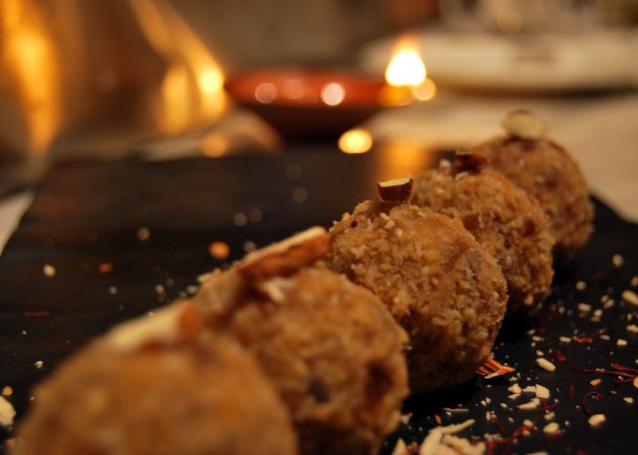 Diwali Recipes: Baked Sandesh, Khajur Aur Nariyal Ke