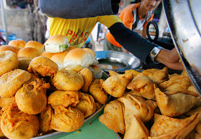 Falafel Gelato And Turkish Bread 9 Must Try Street Foods Around The World Rediff Com Get Ahead