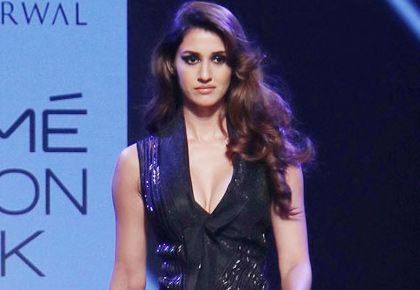 Disha's plunging gown set our hearts racing