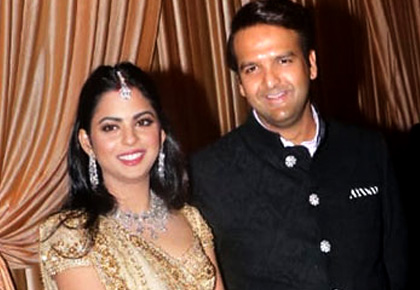 Pics: Isha-Anand at their Mumbai reception