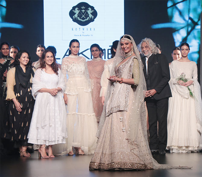 Sushmita Sen Kotwara Lakme Fashion Week