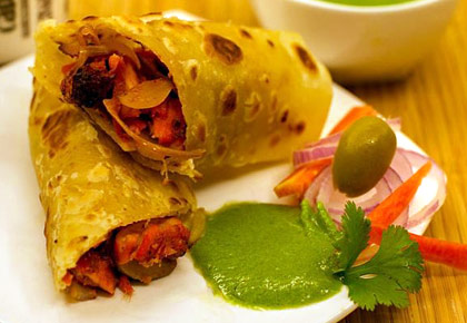 Phuchka, Kathi Roll: Vote for your favourite street food from Kolkata