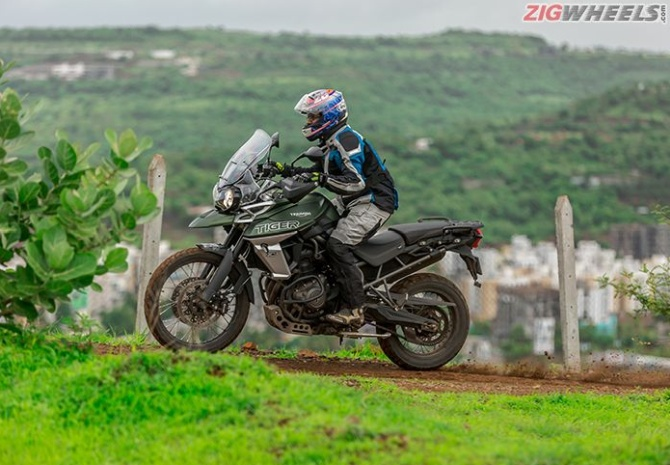 Road Test Review The 2018 Triumph Tiger 800 Xcx Rediff