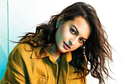 Latest News from India - Get Ahead - Careers, Health and Fitness, Personal Finance Headlines - Sonakshi Sinha shows off her sporty side