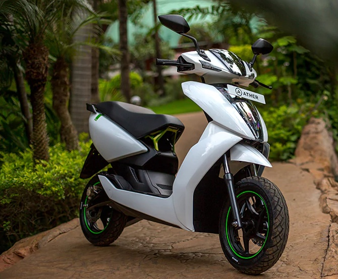 Ather 450 An Electric Scooter That S Super Cool Rediff