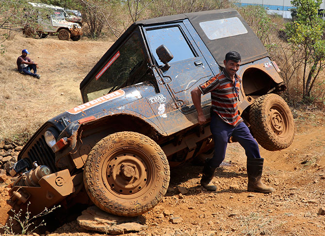 Mahindra Off-road training