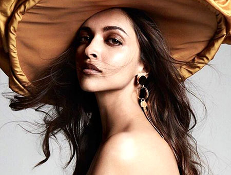 Latest News from India - Get Ahead - Careers, Health and Fitness, Personal Finance Headlines - Hats off! Deepika in a hat is the sexiest thing you'll see today