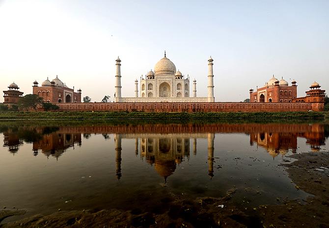 photos top 10 landmarks in india rediff com get ahead