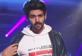 Latest News from India - Get Ahead - Careers, Health and Fitness, Personal Finance Headlines - Watch out ladies! Heartthrob Kartik Aaryan is here to woo you