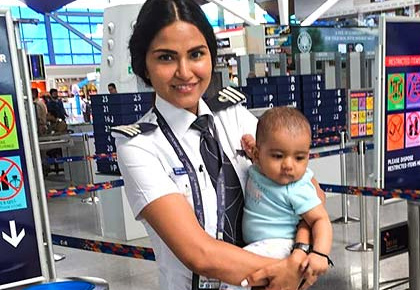 Female pilot takes baby to work. Here's what happened next!