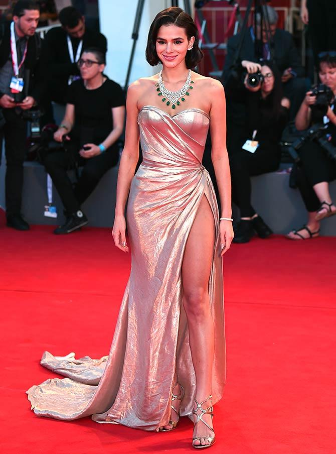 Pix Neymar S Girl Wore The Riskiest Gown To Venice