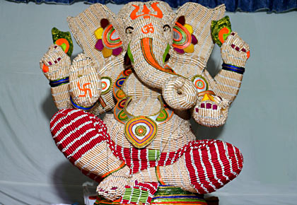 Latest News from India - Get Ahead - Careers, Health and Fitness, Personal Finance Headlines - Have you seen a Ganesh idol made of sui dhaaga?