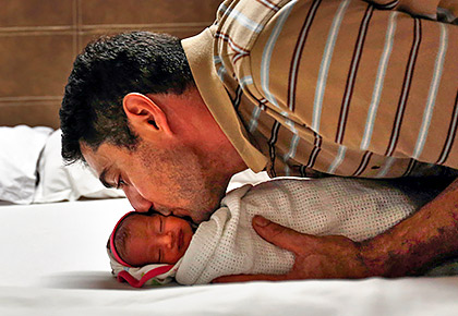 5 harmful habits Indian fathers must give up