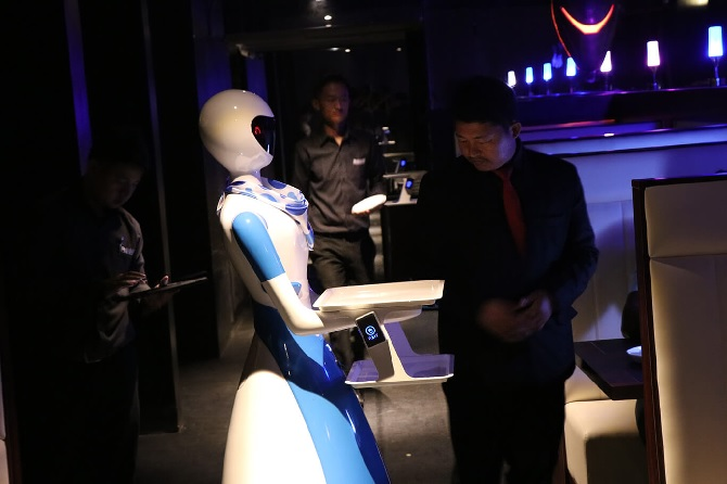 Would you like to be served by a robot waitress? - Rediff