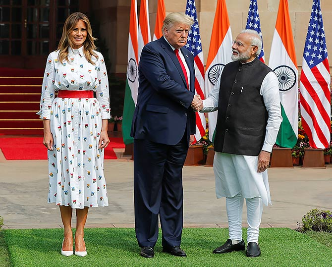 Can You Guess The Cost Of Melania Trump S Dress Rediff