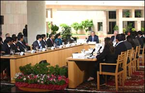 President Bush interacting with students at a Round Table at ISB in Hyderabad on Friday. Photo: ISB