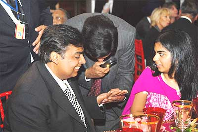 Mukesh Ambanu getting his palm read