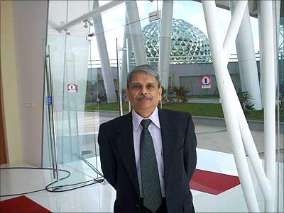 S Gopalakrishnan, CEO & MD, Infosys Technologies
