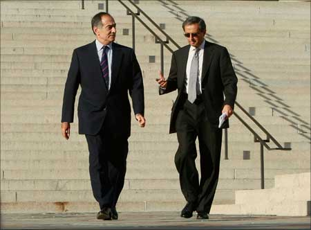 Morgan Stanley CEO John Mack (left) and Citigroup CEO Vikram Pandit at the US Treasury Department.   Photograph: Mark Wilson/Getty Images