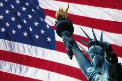 The US flag and Staue of Liberty 