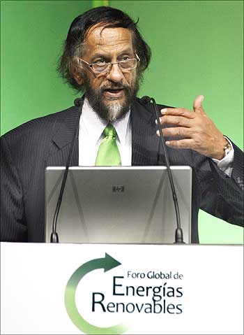 Rajendra K Pachauri, Nobel laureate and chairman of the Intergovernmental Panel on Climate Change, addresses the audience during a conference on renewable energy in Leon, Mexico.
