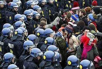 Police surround protesters outside the venue of the United Nations Climate Change Conference 2009 in Copenhagen.