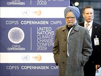Prime Minister Manmohan Singh at the United Nations Climate Change Conference 2009 in Copenhagen.