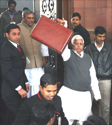 Railway Minister Lalu Prasad Yadav arrives at the parliament to unveil the 2009/10 railway budget in New Delhi. Photograph: B Mathur/Reuters