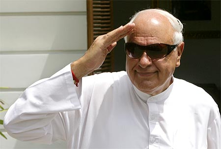 India News - Latest World & Political News - Current News Headlines in India - CBI chargesheets Farooq Abdullah, 3 others in JKCA scam