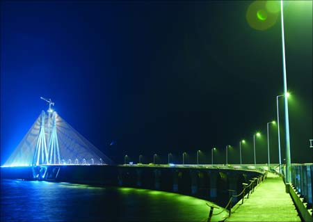 he 5.6-km drive from Bandra to Worli over the sea link may be over in 6-7 minutes.
