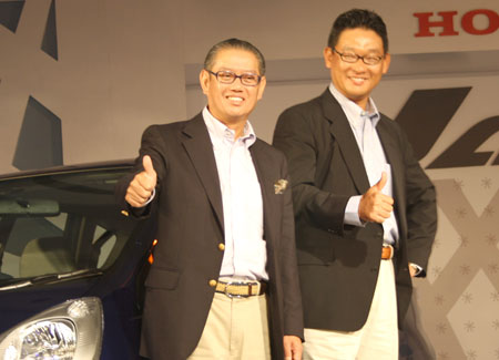 (Left) Masahiro Takedagawa, president and CEO of HSCI, at the launch of the Honda Jazz.