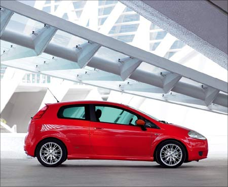 Indian Grande Punto is expected to come with 1.2L and 1.4L FIRE (Fully Integrated Robotised Engine) gasoline engines and the proven 1.3-litre multijet diesel. Photograph: Courtesy, Fiat Group Automobiles