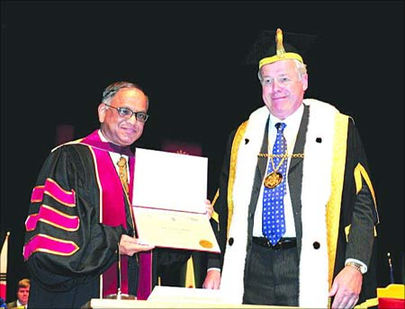 Infosys co-founder and chairman N R Narayana Murthy with Concordia University Chancellor David P O'Brien.