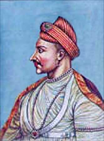 Under Peshwa Madhav Rao, the Marathas recaptured Delhi.