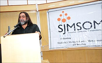 Ad-Guru Prahlad Kakkar at Avenues 2009.