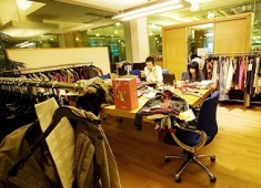 Big retailers resume trips to India for sourcing: Rediff.com ...