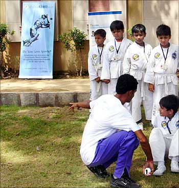 Fitness test for kids in Chennai by IndiaKhelo.